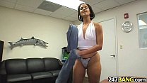 brunette with short hair fuck miss raquel.1